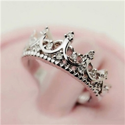 Vintage Hollow-out Crown Design Ring for Women